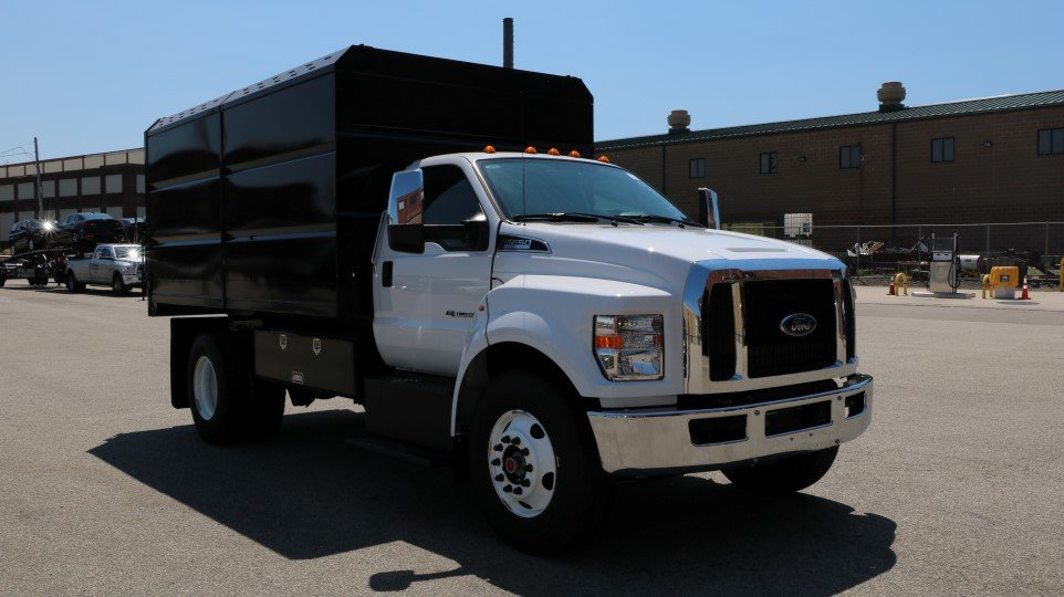 2017 Ford F650 DRW Iroquois Chipper Body