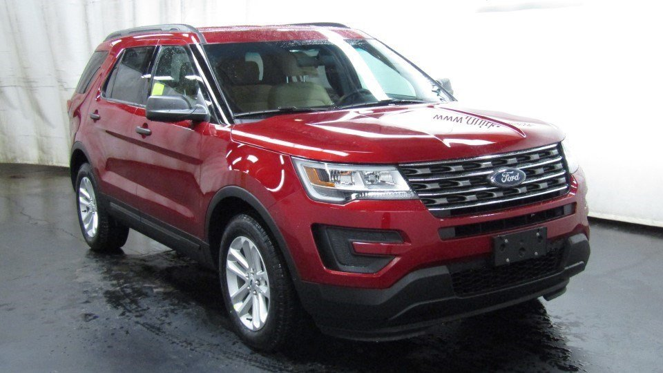 New 2017 Ford Explorer Base