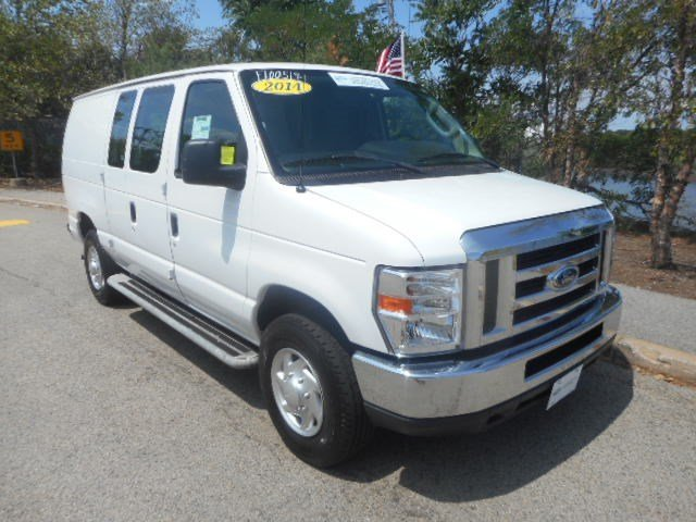certified pre owned 2014 ford econoline cargo van e 250 super duty full size cargo van transit. Black Bedroom Furniture Sets. Home Design Ideas