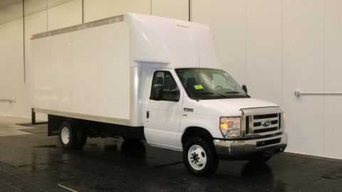 2018 Ford E450 16FT Rockport Body